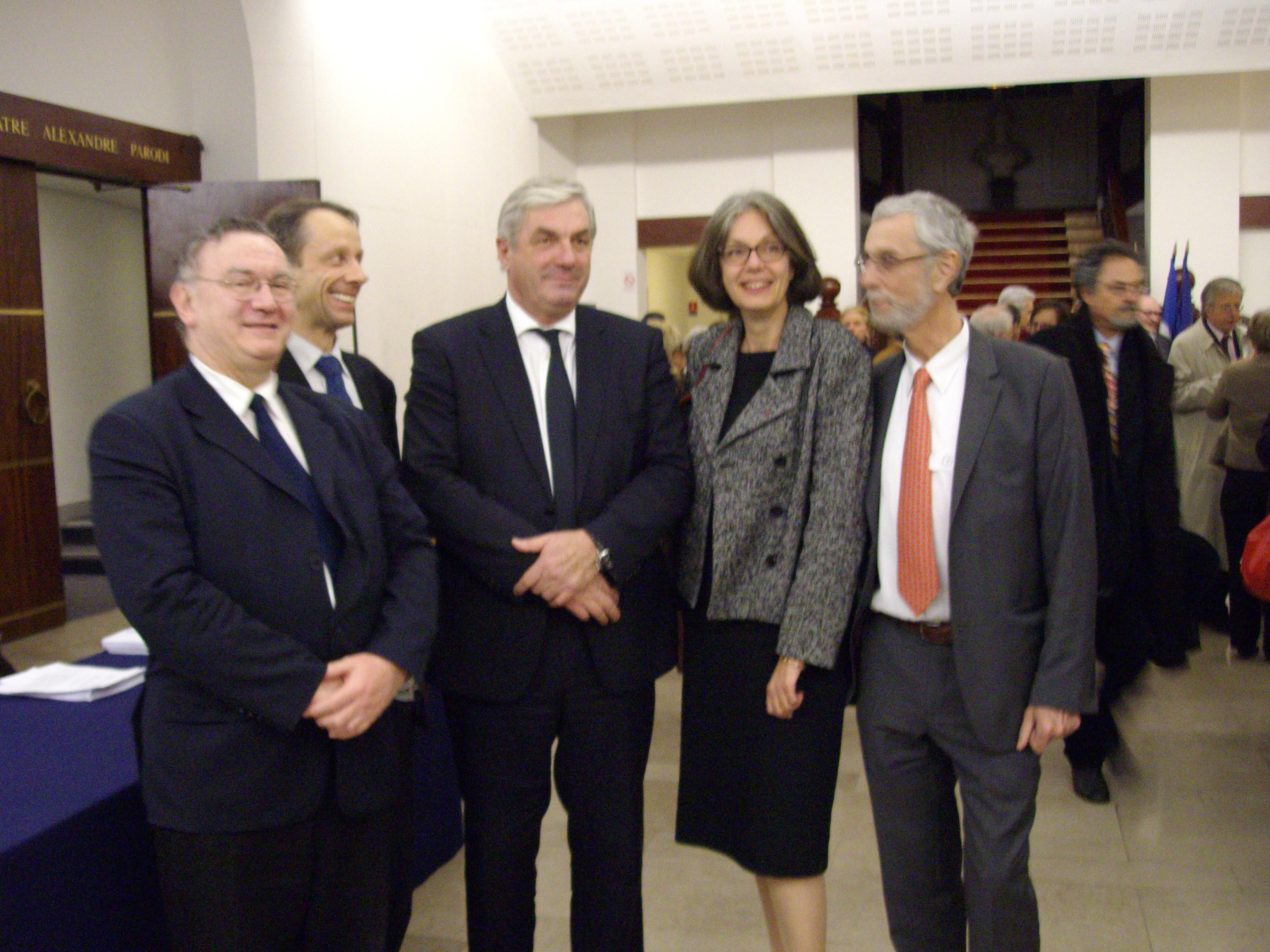 Le ministre et les fondateurs de Galilée.sp avec de gauche à droite : Patrice Diebold, Yannick Girault, Catherine Gras, Jean-Frédérick Lepers